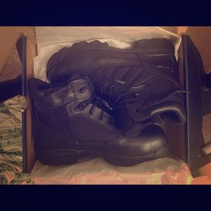 Tactical safety toe work boot